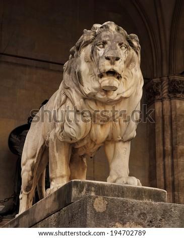 lion statue in munich