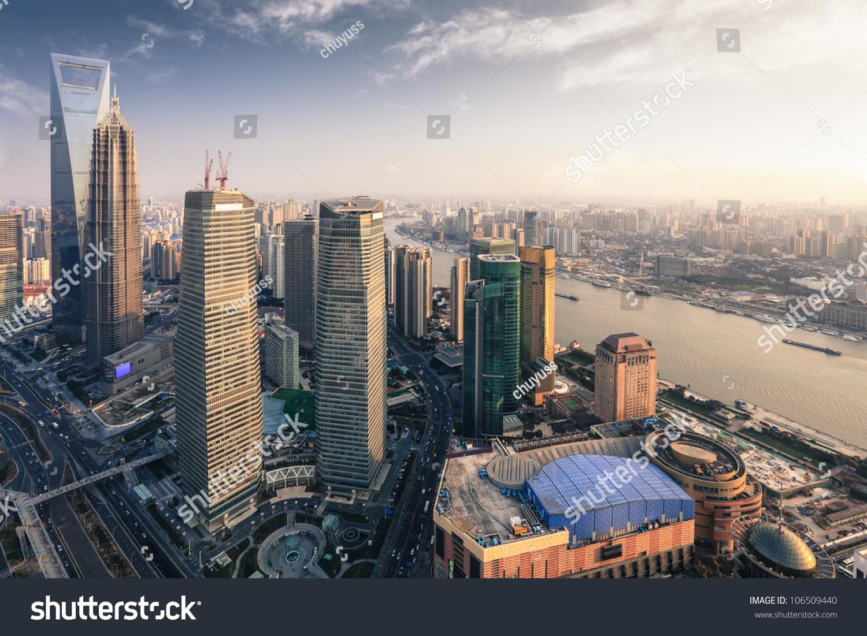 从东方明珠塔鸟瞰图-建筑物