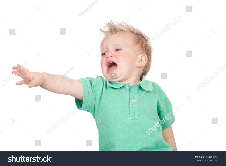 可爱的蓝眼睛的金发小男孩穿着绿色球衣