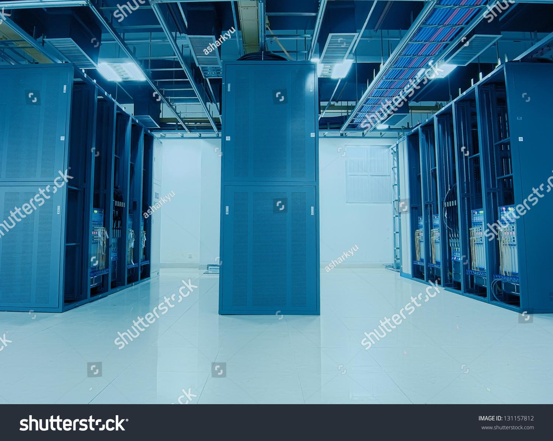 网络电缆接线板和开关