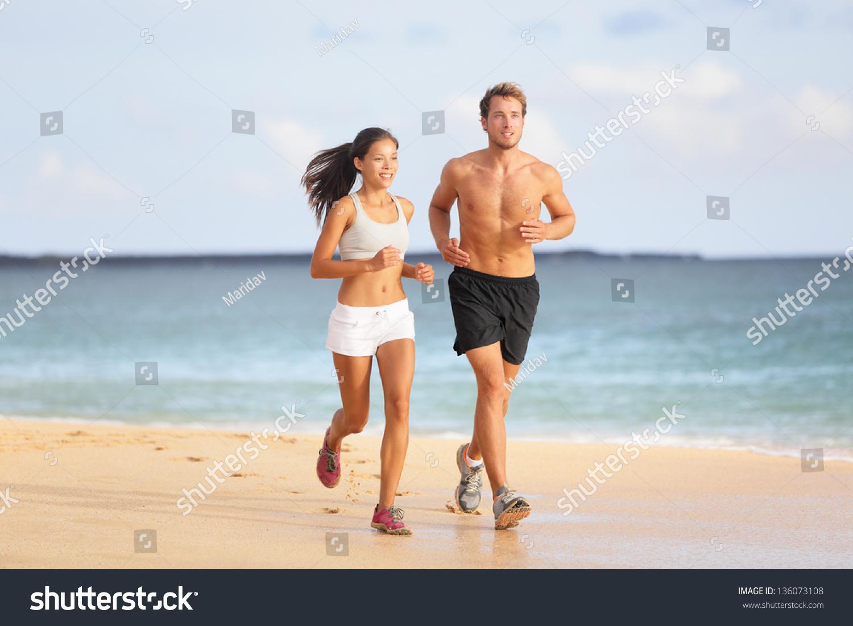 海边跑步微信头像