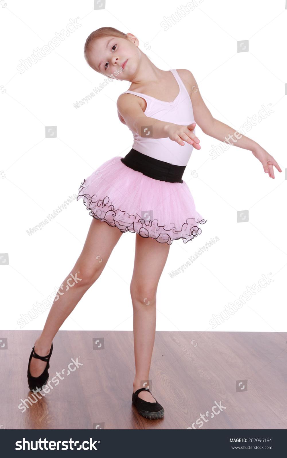 可爱的小女孩的芭蕾舞者孤立在白色背景