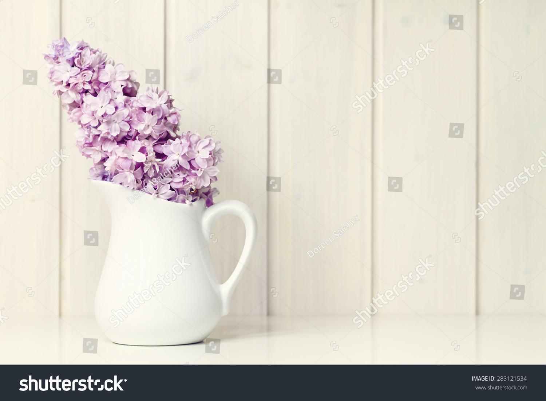 花白色的花瓶贺卡背景-背景/素材,物体-海洛创意()-合