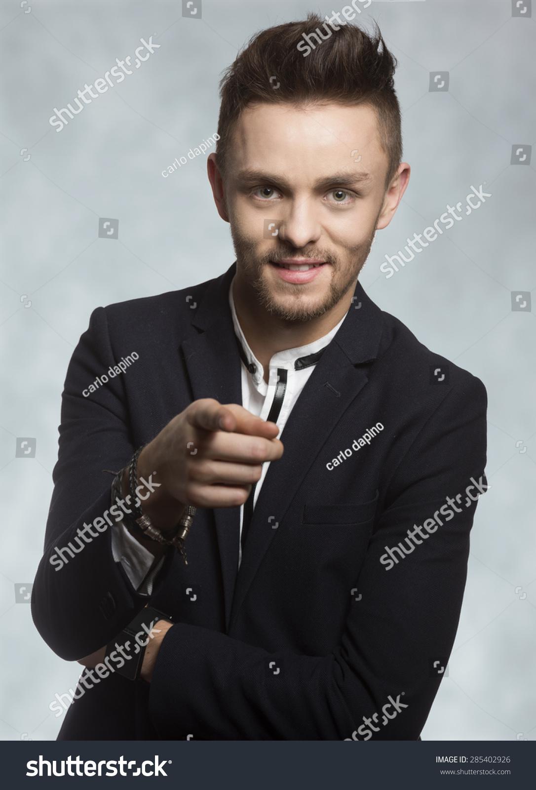 微信男生西装手表头像