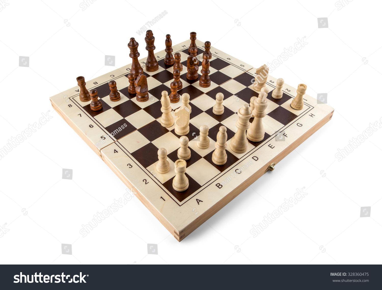 与国际象棋棋盘木制件孤立在白色的